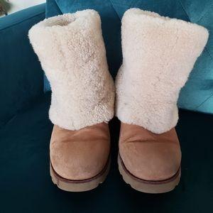 UGG Maylin 3220 Chestnut Long Cuff boot sz 8